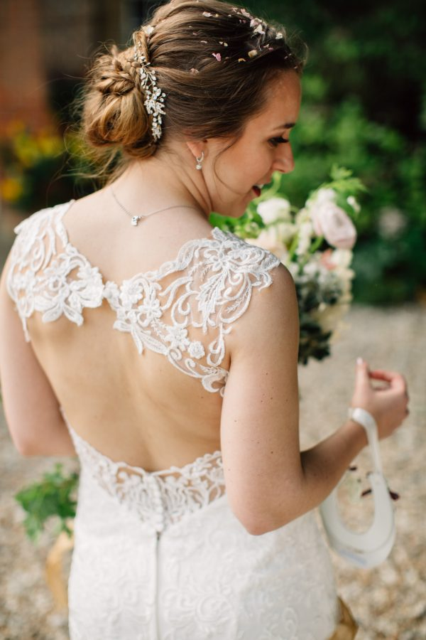 bride dress back