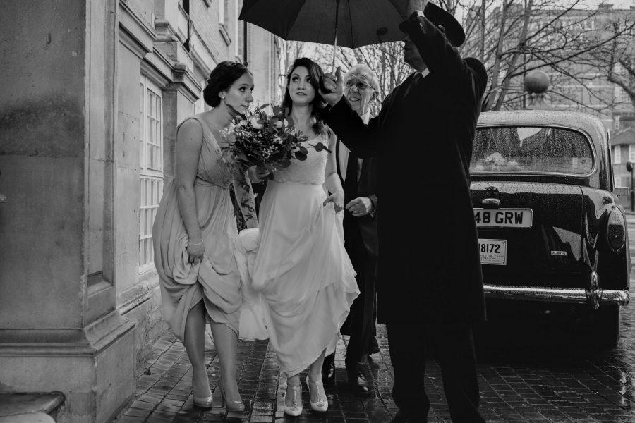 bride arriving at sunbeam studios