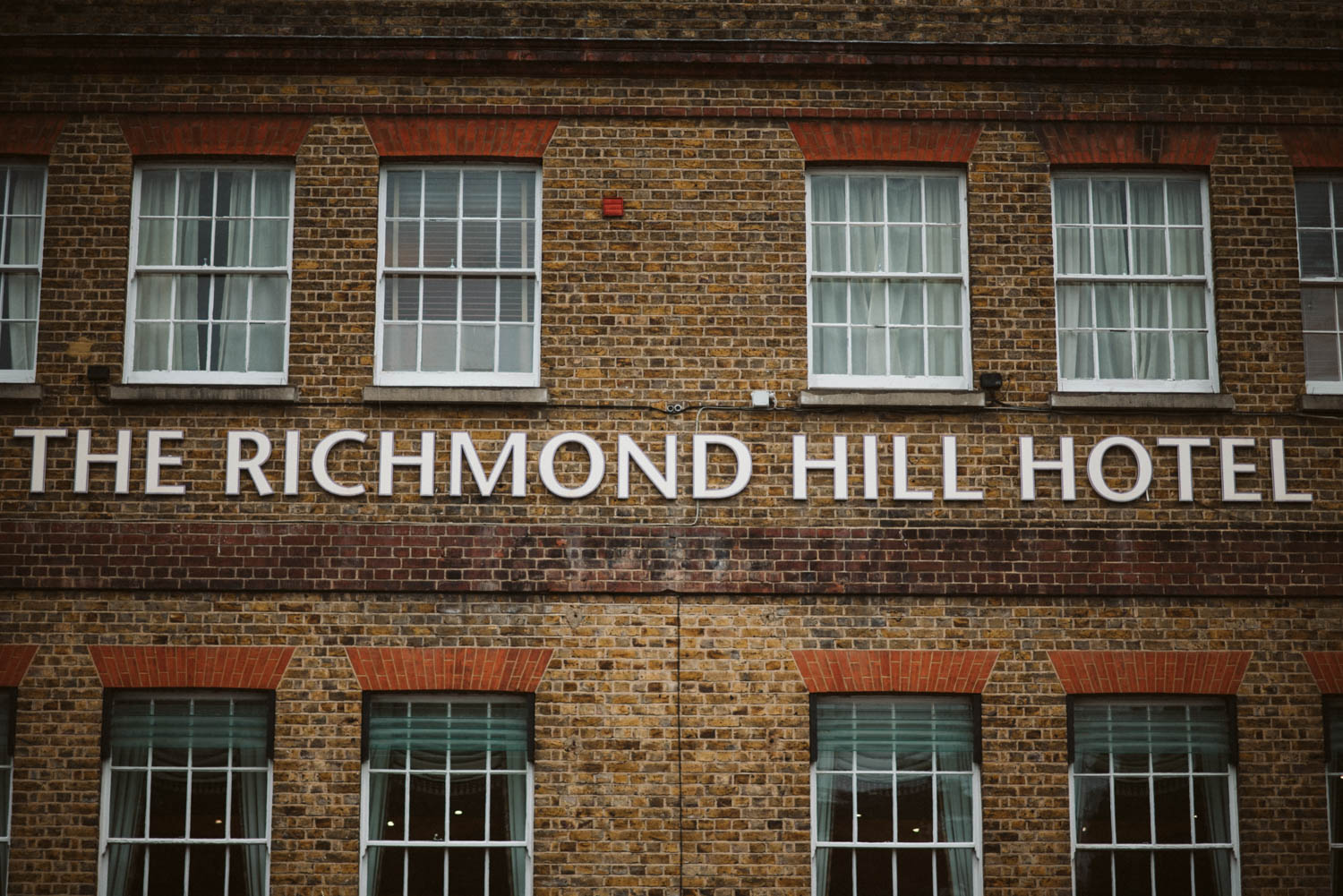 the front of the Richmond hill hotel